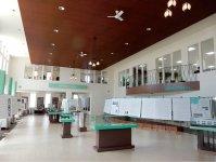 新社屋に併設されたイベントホールとオープンファクトリー