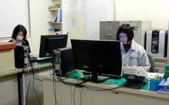 事務の女性とともに、総務的な仕事もこなす今野さん