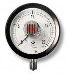 木幡計器製作所とシャープが共同開発する「低消費電力センサ通信モジュール」の試作品
