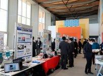 福島ロボットテストフィールドの研究棟(本館)では、大規模会議や展示会も開催できる