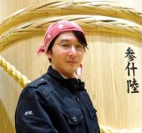 「伝統的な製法で、現代人に合う日本酒を」と語る佐藤祐輔社長
