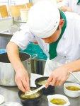 熱伝導性が良く、食材のおいしさを引き出す鋳物を使った料理は、いずれも審査員たちから好評だった
