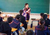 長崎県内で教育活動も行う