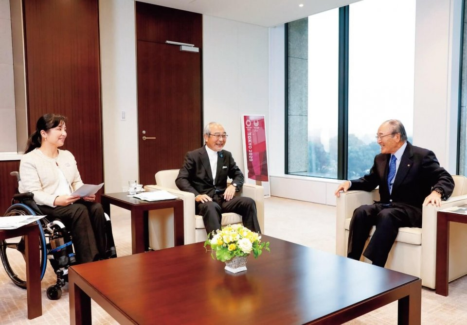 左から、田口さん、斎藤さん、三村会頭