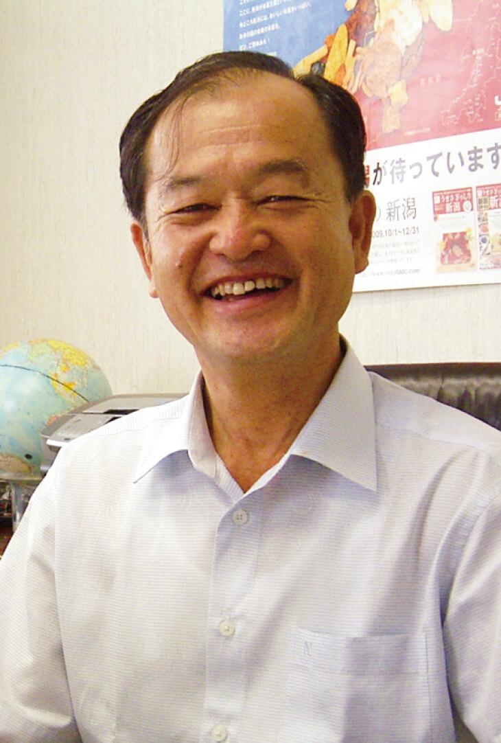 「平成16年に発生した新潟県中越地震後は営業を1カ月停止せざるを得ませんでしたが、スーパーやコンビニエンスストアから激励の声が寄せられ、当社の柿の種の評価を再認識することができました」(阿部俊幸さん)