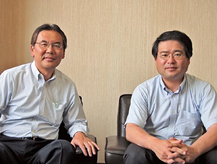 「プロジェクトをきっかけに、伊那の発信力を高めたいです」と伊那商工会議所専務理事の伊藤正さん(左)と係長の大瀬木茂生さん