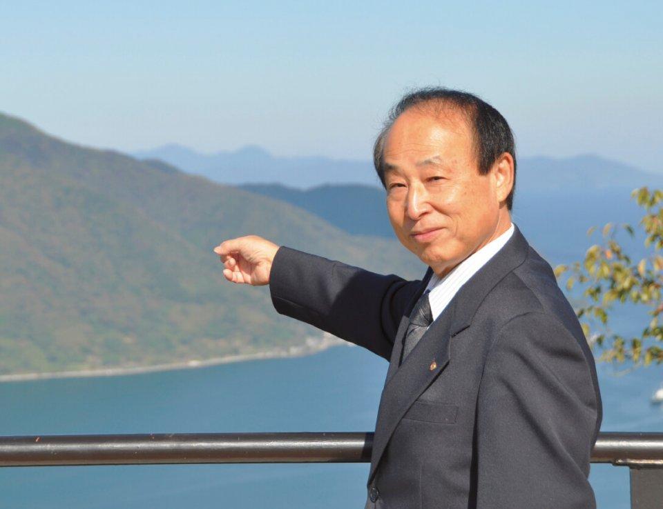 「舞鶴のまちをゆっくりと楽しんでいただきたいです」と語る瀬川専務理事