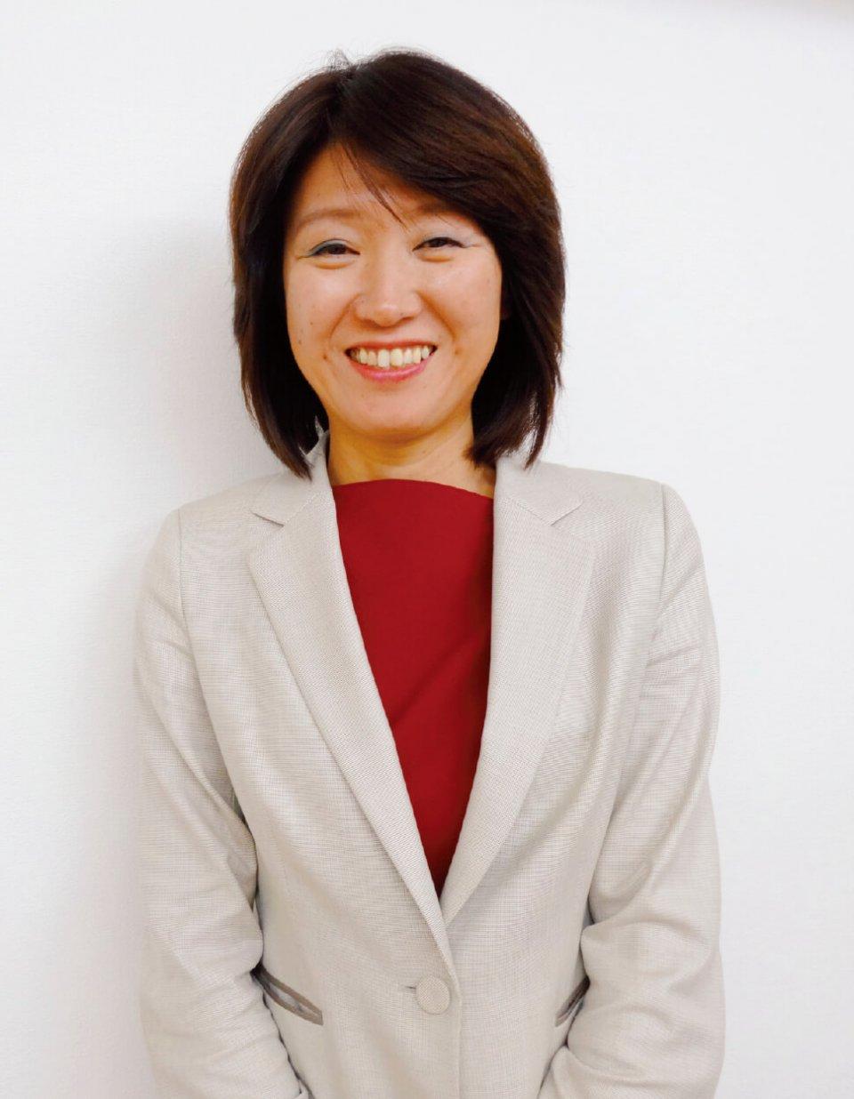 クリフ代表取締役石山純恵さん。国際結婚、離婚を経て起業した。2児の母
