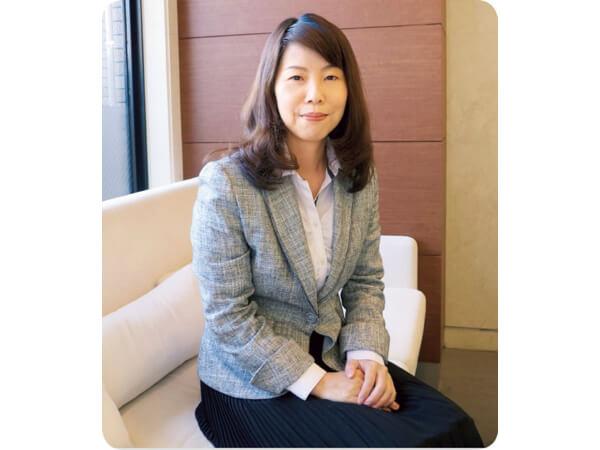 株式会社ウエルシーライフラボ 代表取締役 佐藤 香苗