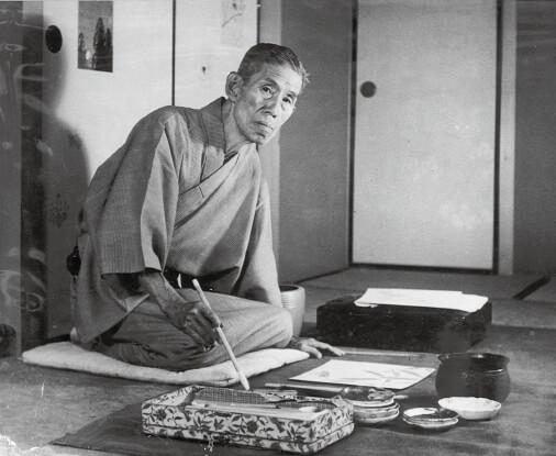 昭和25年、画室で絵を書く森田庄三郎さん