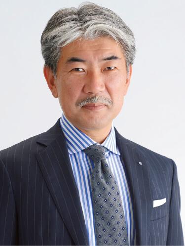 5代目の村上龍也さんは先細りの石油事業から撤退を決断、事業ではなく暖簾を守った