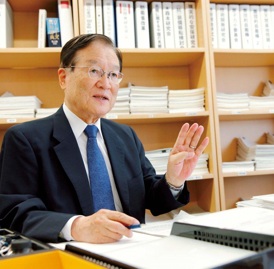 「国家は国民の生命・財産を守らなければなりません。これを実現するためには、国が経済的に豊かである必要がある。つまり、日本にある大小全ての企業は日本の発展を支えているだけでなく、われわれ国民の安全を支えているのです」