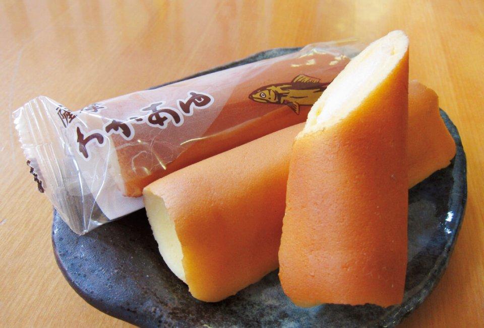 小田屋の人気No.1商品である「薩摩わかあゆ」。甘さを抑えた皮と求肥餅の柔らかさがおいしさの秘密だ
