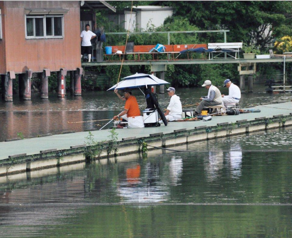 かつて、ヘラブナ釣りの全国大会、ヘラワングランプリの決勝が行われた聖地「隠れ谷池」