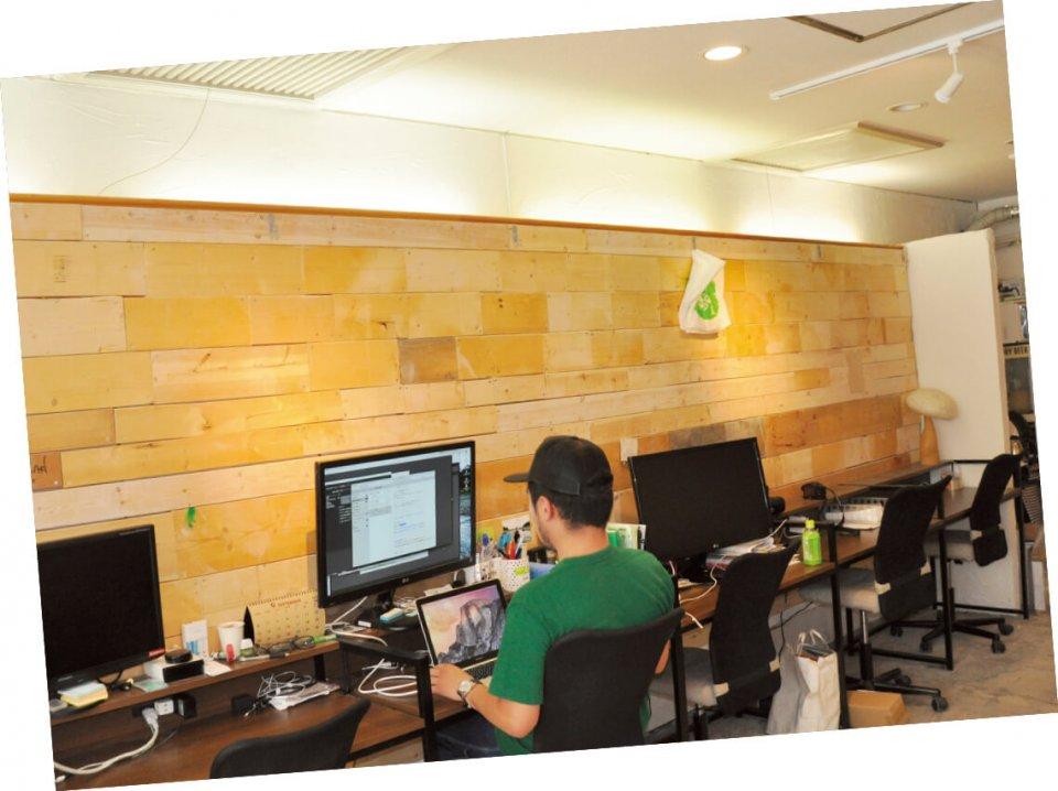 コワーキングスペース「TAYUMANU」。利用者である起業家などに対しても、商工会議所と連携した支援をしている