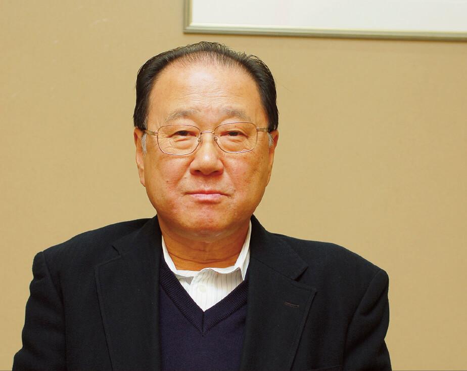若松本店の土井一彦社長。「東京五輪まではお客さまが増えると思います。ただ、人手不足が大きな問題です。これをどう解消していくか、考えています」