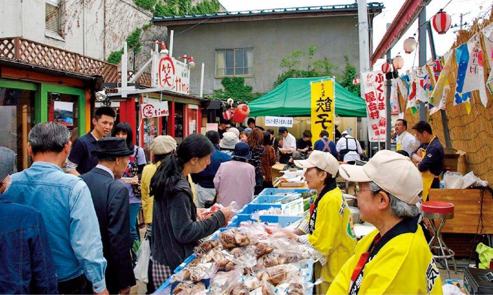 2011年5月には、福島市内にある屋台村で開催された震災復興地産地消イベントを開催