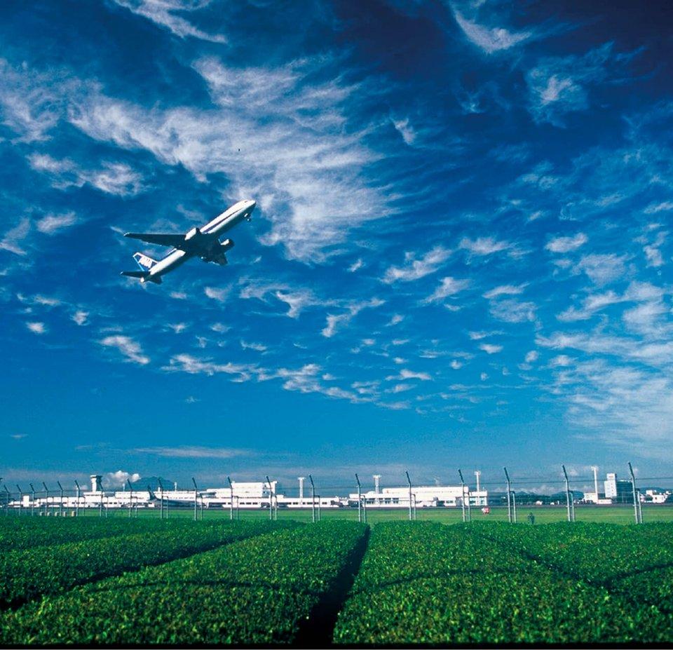 霧島市内には南九州の玄関口ともいえる鹿児島空港がある(写真提供=霧島市)