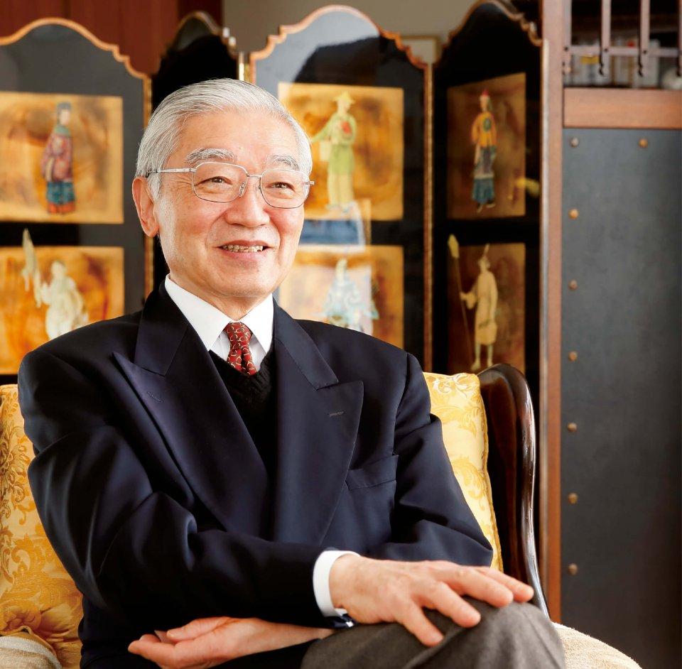 「無理に変化しようとせず、これまで育んできた日本人の優しさを大切にすることこそが、平穏な世を保つ秘訣かもしれません」
