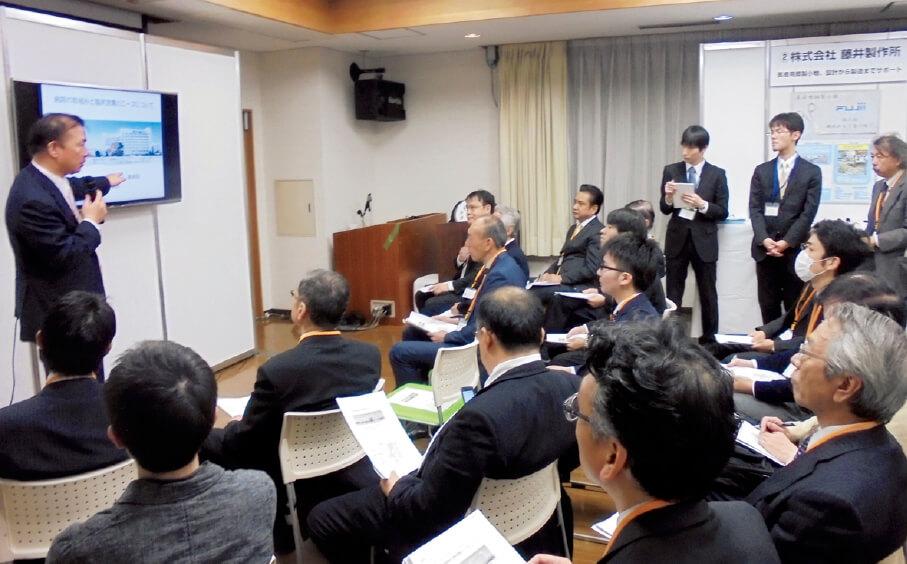 東京・本郷にある医科器械会館で開催している医療機器製販企業との展示・マッチング会では、セミナーや商談会も同時に開催している