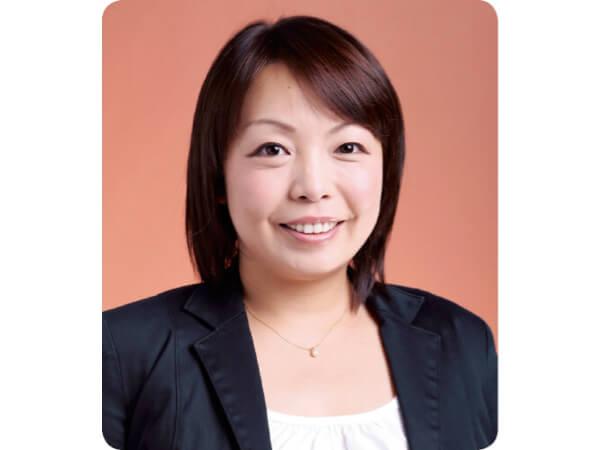 特定非営利活動法人 どんぐりの会 理事長 木﨑 芙美