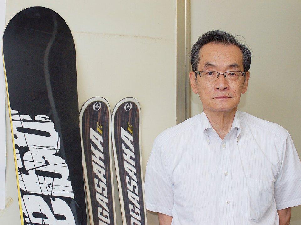 """「打江製作所社長の打江寿和さん。「よそから見たら、独占企業でいいねと思われますが、実際には唯一のメーカーということで責任も大きい。だから、決して""""できない""""と言えないんです」"""