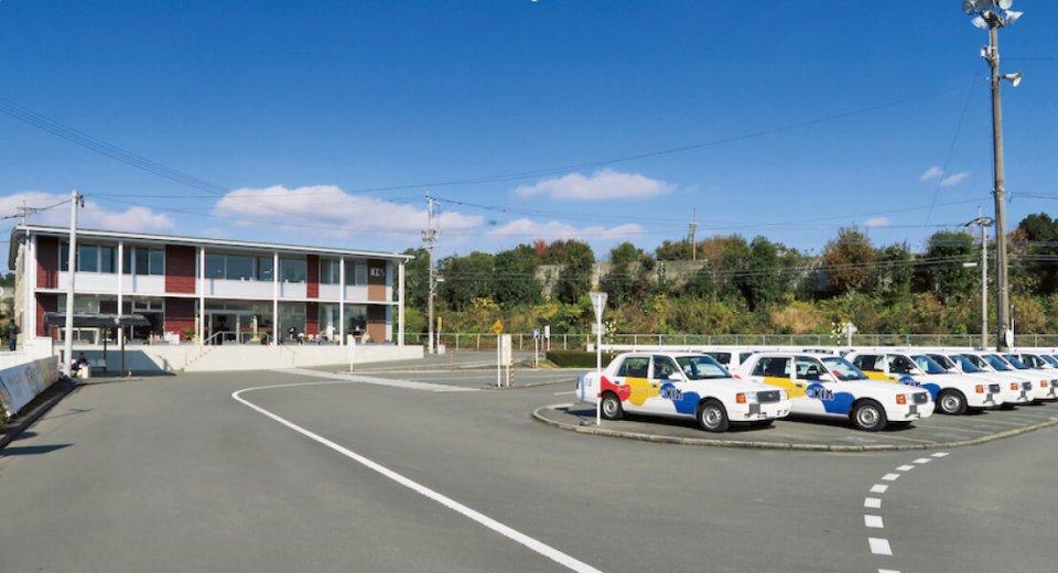 熊本ドライビングスクールは昭和51年に菊池自動車学校の姉妹校として設立した
