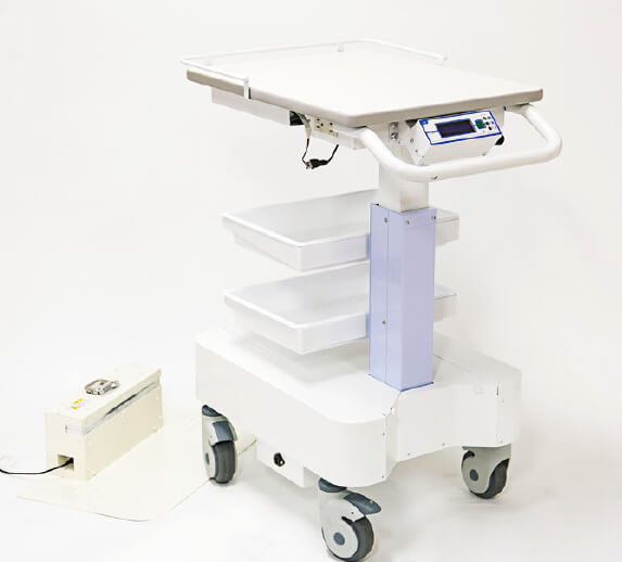 理科学機器分野に参入し、平成25年に発売した医療現場用機器「エレカート」