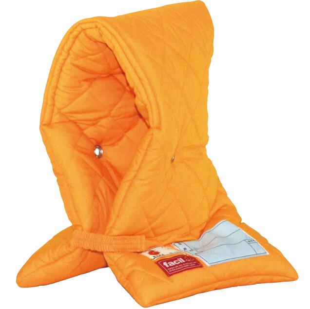 数々の試験をクリアして日本防炎協会の認定を取得した防災頭巾は、ロングセラー商品だ