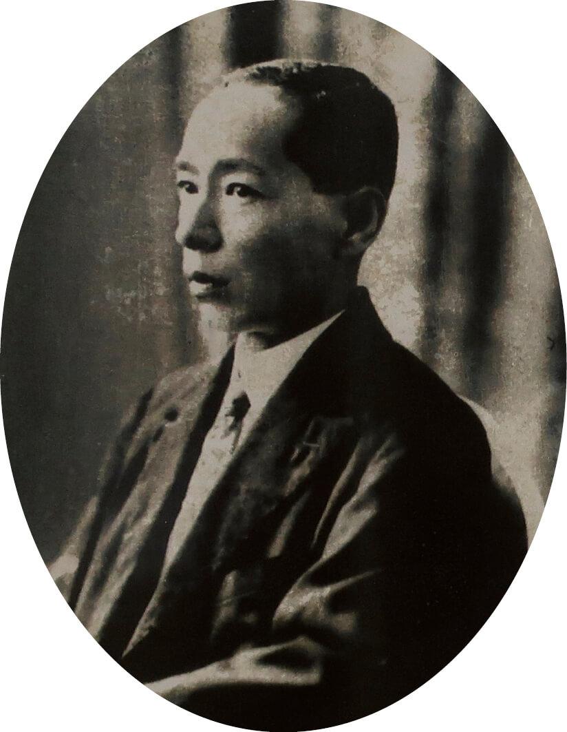 昭和5年、45歳のころの村岡安吉さん。小城商工会議所の四代目会頭も務めた