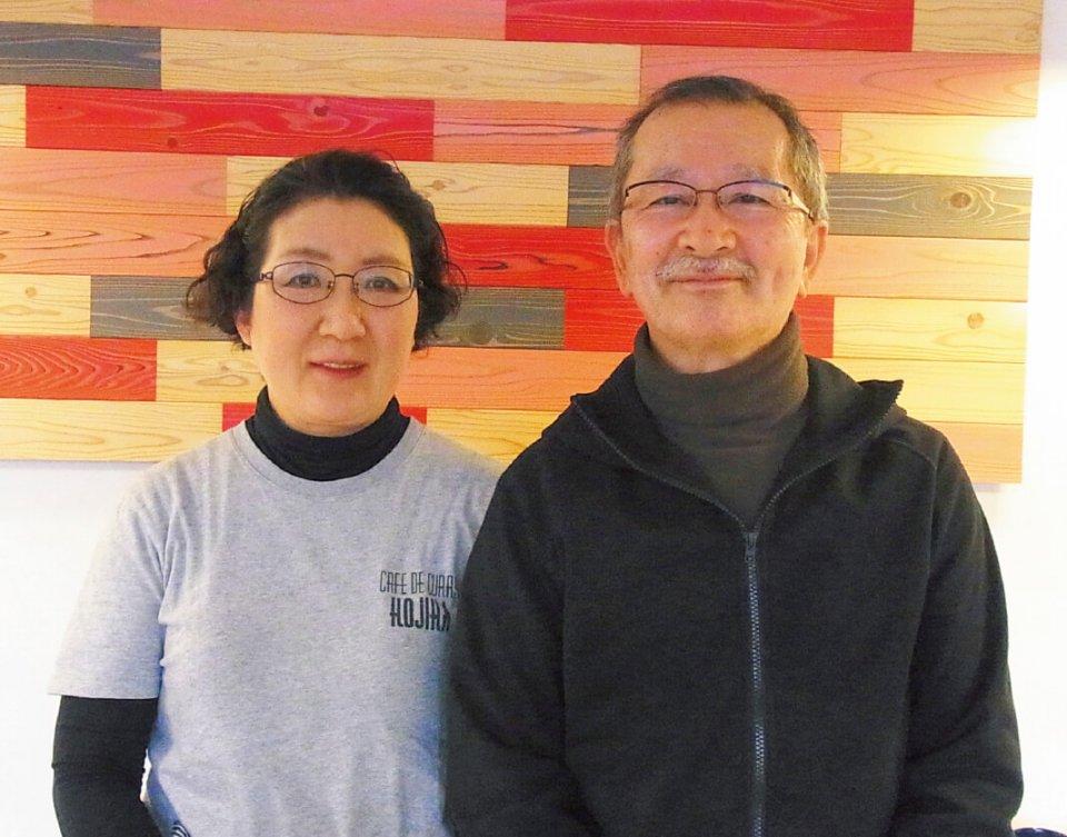 鈴木典夫さん(右)と奈代子さん。鈴木さんは大衆食堂時代から、いくつもの名店に直談判して修業を重ね、年間3000万円の売り上げを叩き出したアイデアと技の持ち主