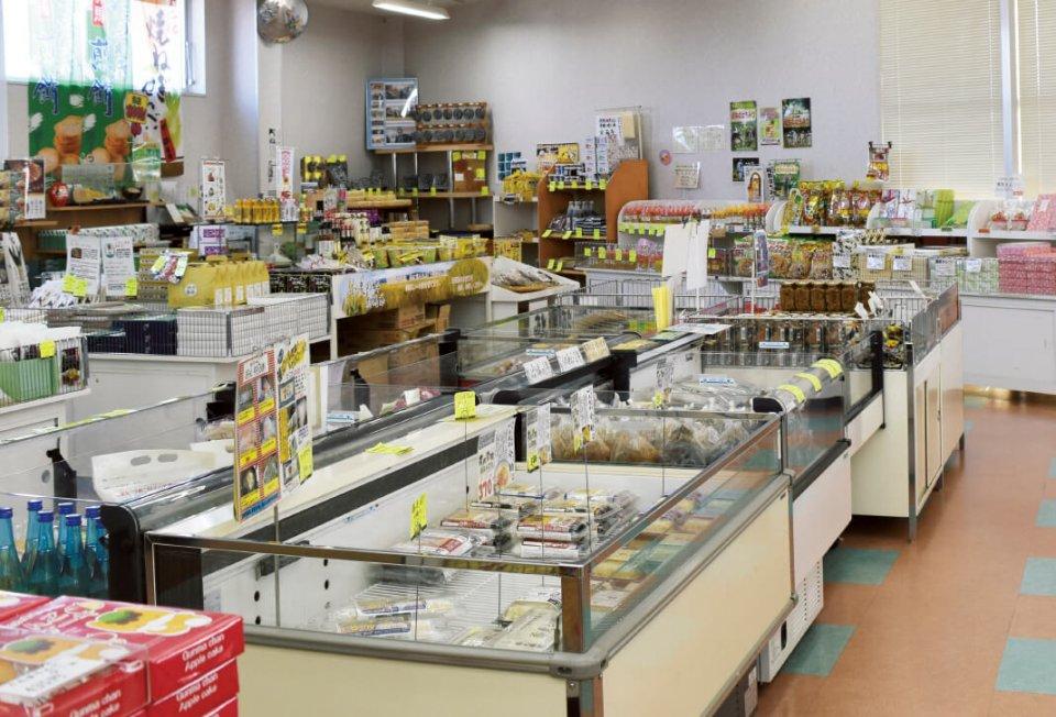 道の駅「ハイウェイオアシスららん藤岡」にある藤岡商工会議所が運営する観光物産館