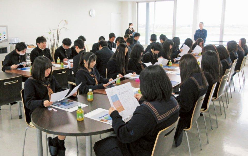 市内の中学生や高校生を対象にしたキャリアセミナーを実施し、インターンシップ制度を導入するなど、CSR活動を積極的に展開している