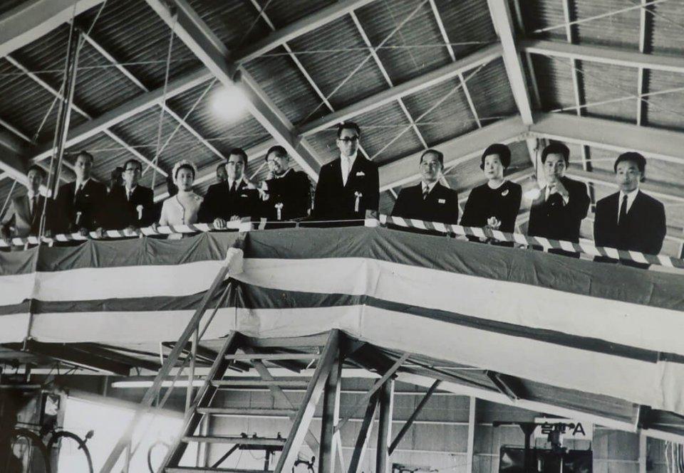 1969年には、常陸宮殿下ご夫妻が工場を訪れている