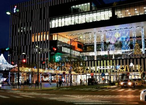 冬の七夕カーニバル〜一宮イルミネーション〜。15万球の色鮮やかな電飾で一宮駅周辺が美しく彩られる
