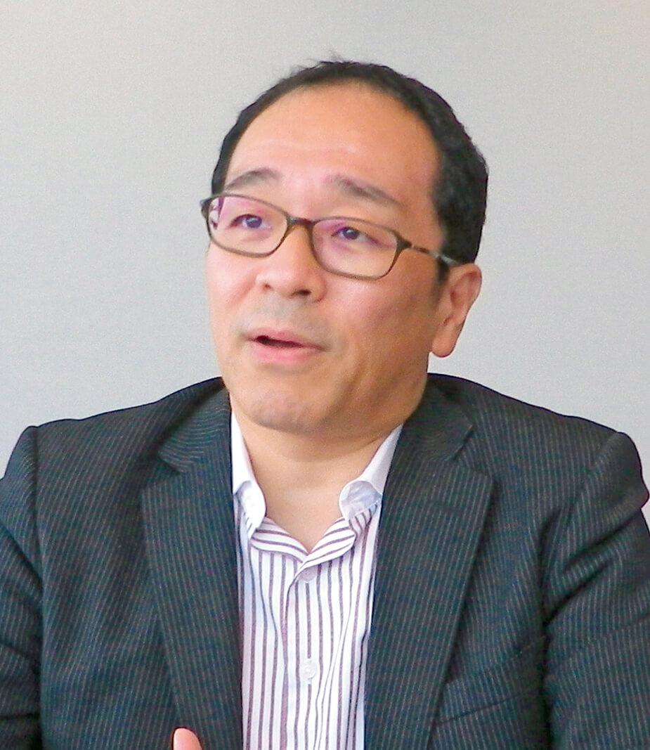 大山 敬義(おおやま・たかよし) &Biz 代表取締役 神奈川県生まれ。1991年日本M&Aセンターの設立に参画。同社初のM&Aコンサルタントとなり、常務取締役、総合企画本部長を現任。100件以上のM&A案件の成約実績がある。後継者難による中小企業のM&Aによる事業承継の仲介、コンサルティング及びグループ内外の企業再編手続きなどを手掛けた。2018年小規模ビジネス向け専用のM&Aサービスを提供するサイト「バトンズ」の運営会社アンドビスを設立し代表取締役に就任