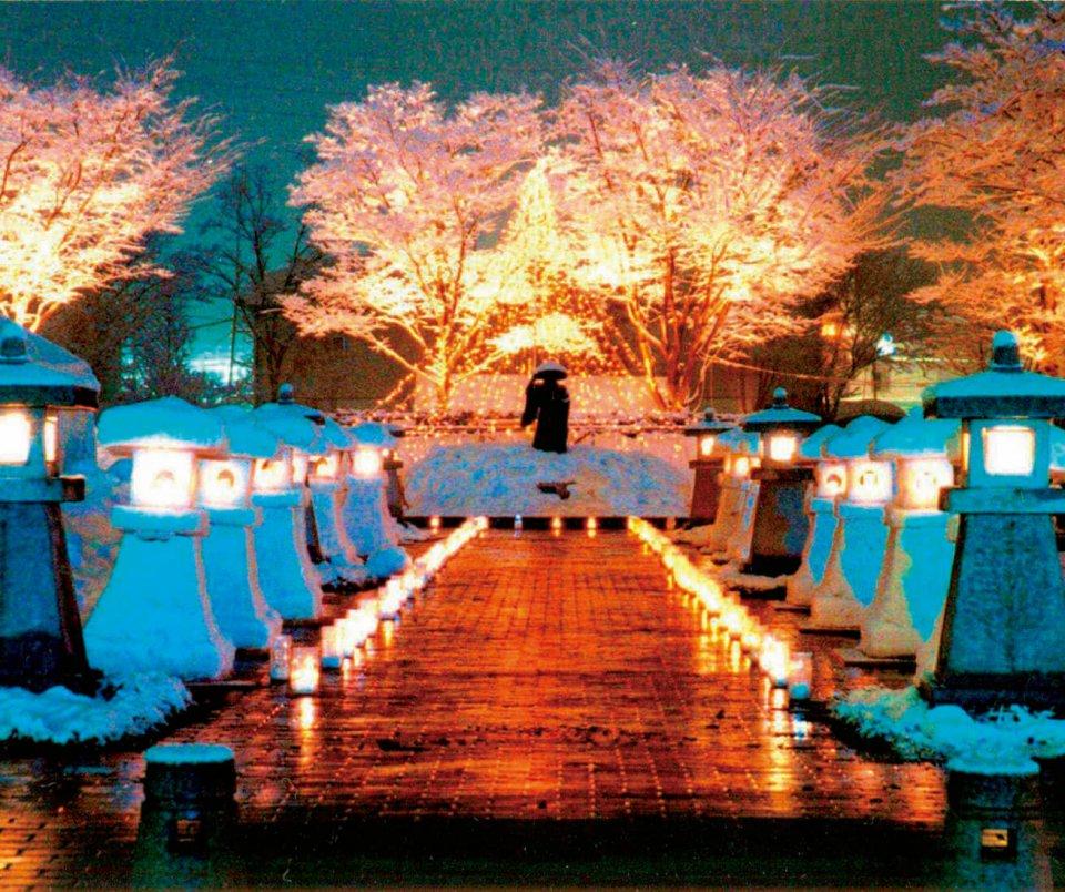 いいやま雪まつり 雪見灯籠