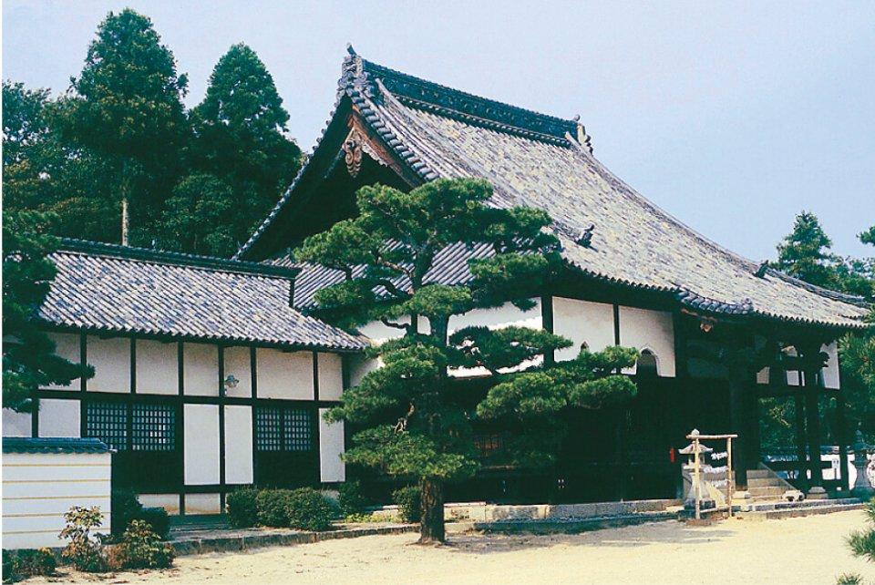備中国分寺:聖武天皇の詔で建立された国分寺の一つ。江戸時代に再建