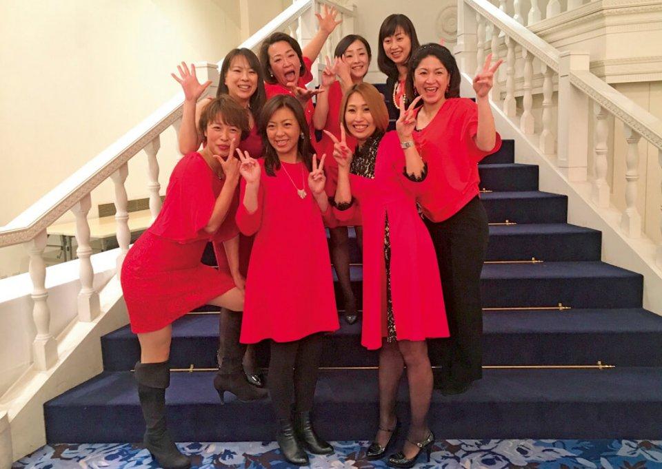 千葉県連大会で単会事業PRをしたときに、「赤のドレスを」とドレスコードを取り入れた。全て女性メンバーだけで決めた3分間のプレゼンで、見事に受賞を勝ち取った。「とにかく男子に恩返しがしたい」と言っていたのが印象的だった
