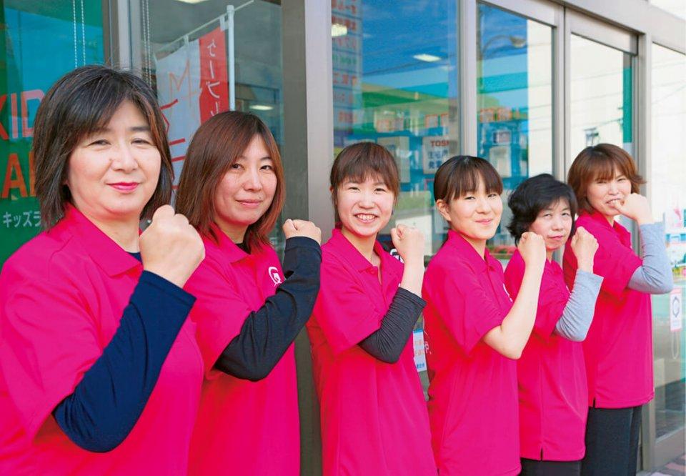一昨年4月に女性だけの営業スタッフ「チームきらり」を結成。女性目線で家電製品の提案を行っている