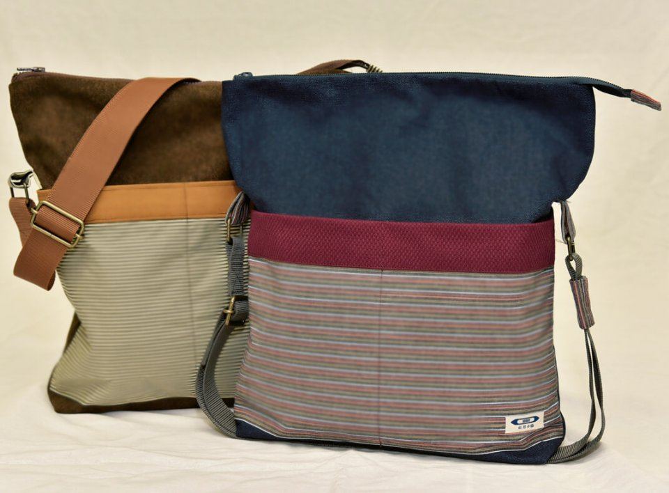 双子織バッグとショルダー:糸の密度が高くなめらかという特徴を最大限に生かした逸品。蕨ブランド認定品