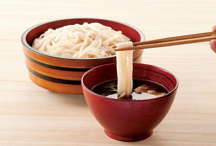 熊谷うどんの定義は、熊谷産小麦粉を50%以上使用していること。地粉の風味や喉越しの良さが魅力だ