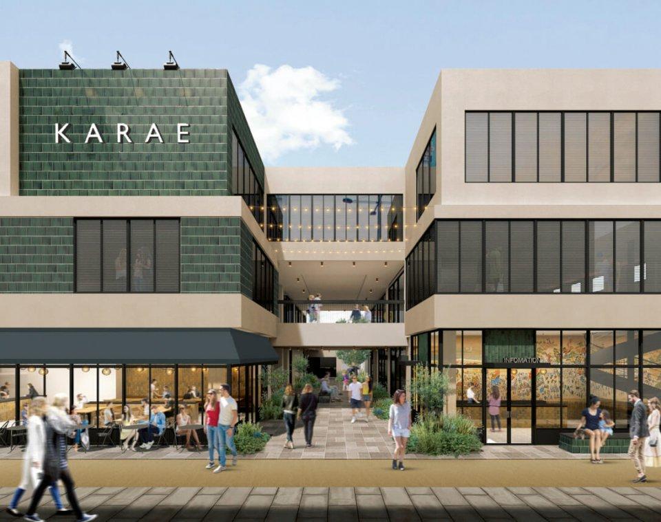 市の中心商店街に建設中の複合商業施設には、飲食店やゲストハウスが入る予定だ(完成予想図)