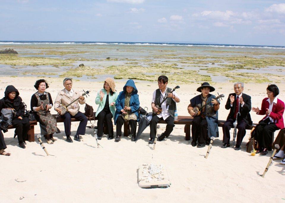 生活に根差した労働歌や伝承を歌詞にした島唄が伝わる