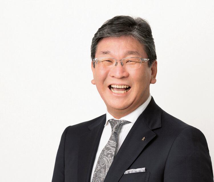 """「""""笑い""""を軸に、100%持続可能な暮らしを福島から発信し、世界に自慢したい」と語る相良元章社長"""