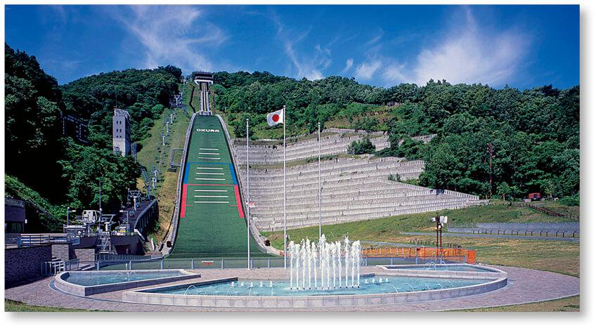 87年の歴史を持つ「大倉山ジャンプ競技場」。スキージャンパーとともに札幌の発展を見つめてきた