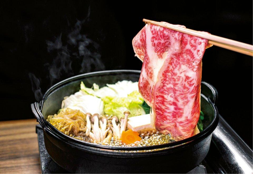 しゃぶしゃぶやすき焼きなどの日本の食文化を、タイに根付かせることでWAGYU SAMURAIの需要拡大を狙う
