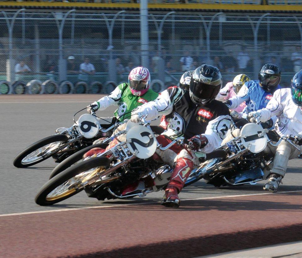 全国に5カ所ある公営オートレース場の一つ、山陽オートレース場