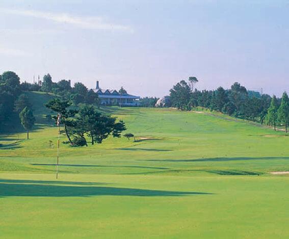 市内にあるゴルフ場の一つ、朝陽カントリークラブ