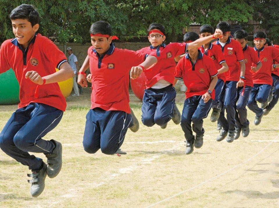 インドで行った運動会。個が強い海外において、皆で力を合わせて取り組む運動会は新鮮で、反応も上々のようだ